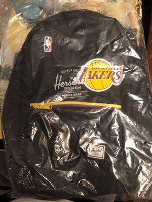 Herschel Supply/ Lakers backpack for Sale in Los Angeles, CA