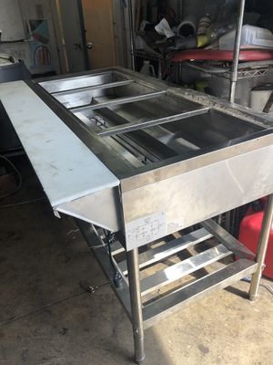 Adcraft 4 compartment electric steam table like new for Sale in Sunrise, FL