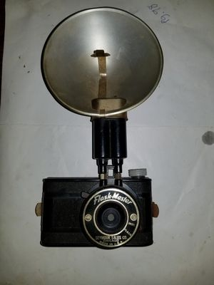 Flash Master Vintage 1940's Film Camera for Sale in Springfield, TN