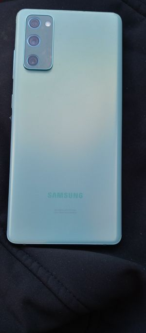 (Unlocked ) Samsung Galwxy S20 fe 5g for Sale in Kansas City, MO