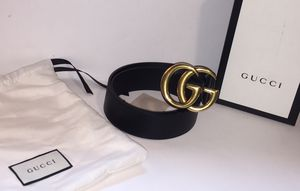 Gucci Authentic Classic Double G Buckle Leather Belt for Sale in New York, NY