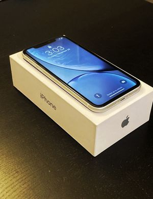 iPhone XR White 64 Like brand new. T-Mobile, MetroPCS,Straight Talk. Firm Price for Sale in Burbank, CA