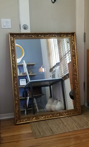 Large antique mirror for Sale in Los Angeles, CA
