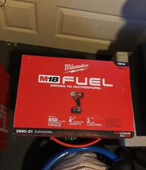 Milwaukee m18 fuel mid range impact wrench for Sale in Cleveland, OH