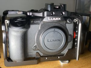 Panasonic GH5 4K 60p Camera with Paid VLog Upgrade for Sale in Spokane, WA