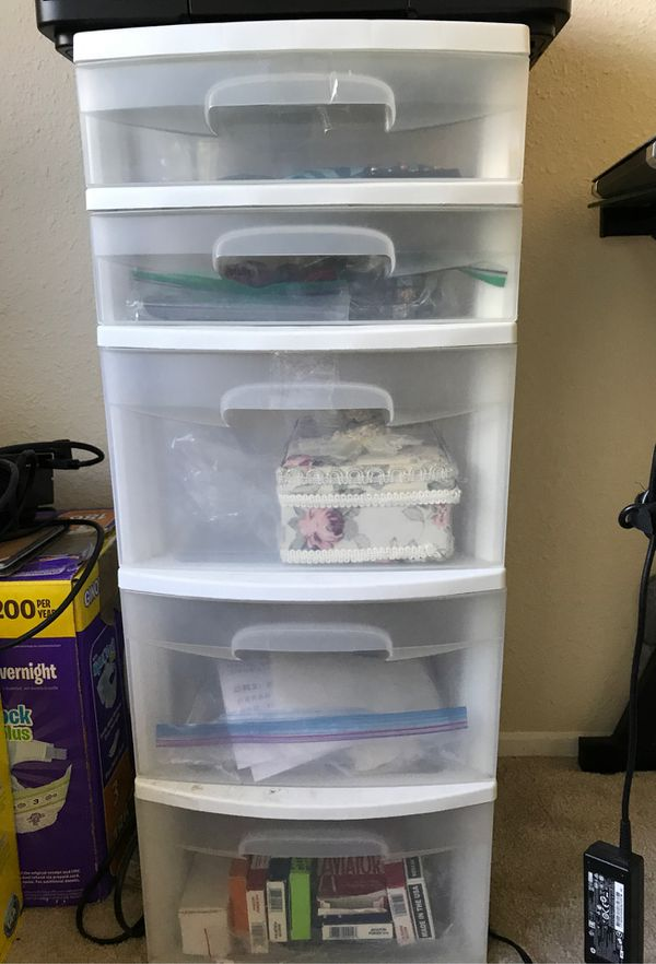 Sterilite Plastic drawers