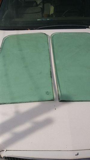 95 International windshield for Sale in Atlanta, GA