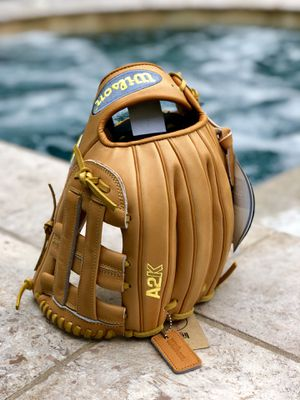 Wilson A2K DW5 Norris gotm baseball glove for Sale in Martinez, CA