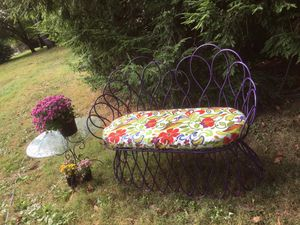Bench with new cushion and glass top table for Sale in Avon, IN