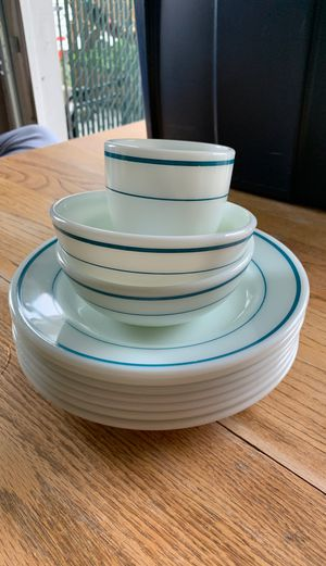 Pyrex creamy white with blue stripes for Sale in Gorst, WA