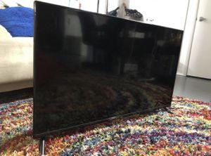 Roku 40 Inch Smart Tv for Sale in Los Angeles, CA
