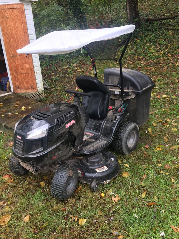 """Craftsman Lawn Tractor 21 HP, Variation speed 46"""" Deck"""