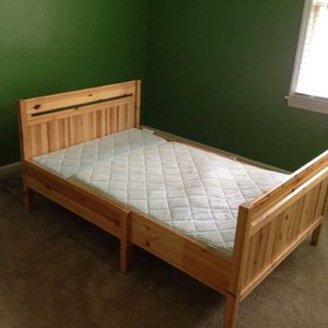 Ikea Toddler to Twin Adjustable Bed for Sale in Bethlehem, GA