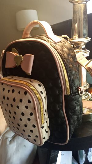 Betsey Johnson backpack purse for Sale in Las Vegas, NV
