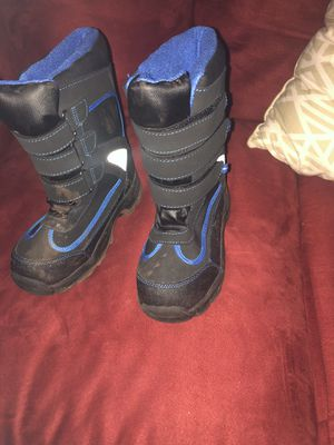 Snow boots for kids for Sale in Tolleson, AZ