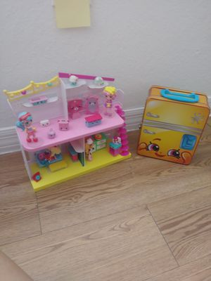 Shopkins and accessories. Se habla español for Sale in Tampa, FL