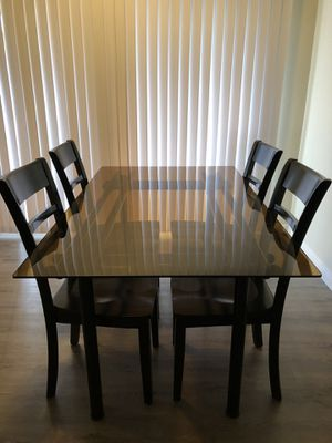Dining table with all 4 chairs included! for Sale in Redondo Beach, CA