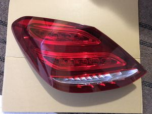 15-18' Mercedes-Benz C300 taillight for Sale in Minneapolis, MN