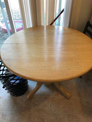 Kitchen table for Sale in Winchester, KY
