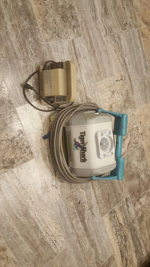 Tiger Shark (Hayward) pool vacuum for Sale in Haines City, FL