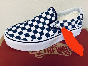 Woman's vans platform sizes 7 and 6.5 for Sale in Pomona, CA