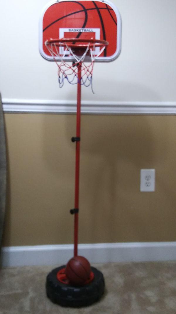 Kids basketball hoop and ball