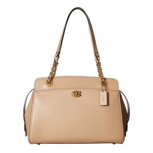 Coach authentic handbag brand new with tags never used for 200$ only great deal retails for 450$ for Sale in Bellevue, WA