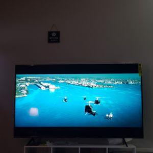 Samsung 65 inch qled smart tv for Sale in Deltona, FL