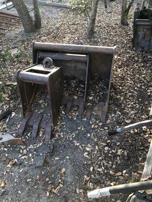 CP Tractor Buckets for Sale in Davis, CA