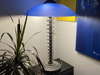 2-Way Modern Lamp for Sale in Miami,  FL