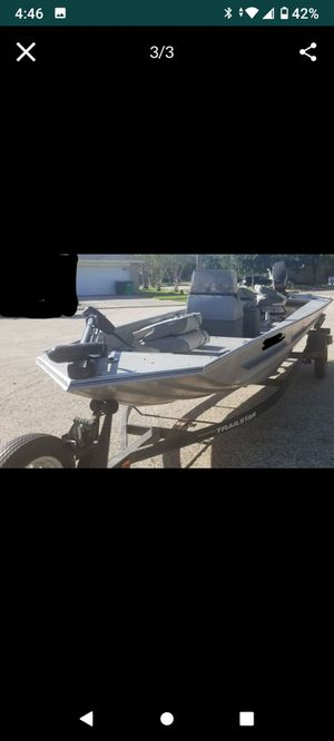 Bass tracker. 25 hp. Good reliable boat. Have tile. Needs some work on trailer for Sale in Spring, TX