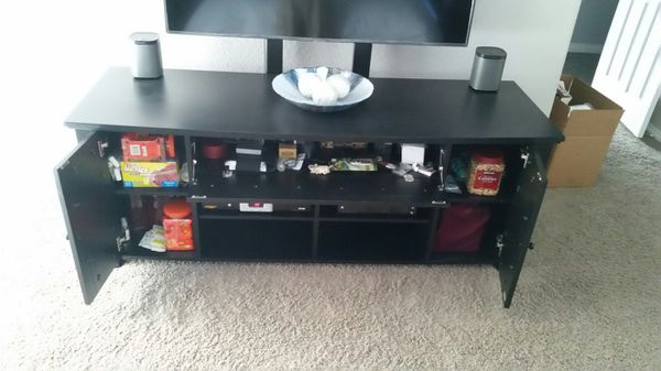 Bell'o Black Entertainment TV Stand 70W x 23D x 26H $100