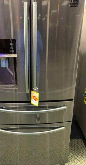 BRAND NEW SAMSUNG RF25HMEDBSG REFRIGERATOR 2RLGB for Sale in Houston, TX