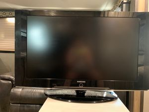 Samsung television. LCD TV. 40 inch. 3 HDMI ports. Response time 8 ms. for Sale in Mesa, AZ