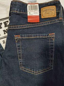 Signature Levi's Jean's for Sale in Everett,  WA