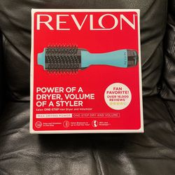 Revlon Salon One Step Hair Dryer And Volumizer for Sale in Lynnwood,  WA