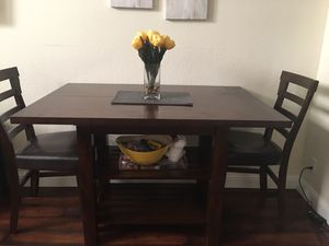 6 seater bistro dining table with leaf for Sale in Hercules, CA
