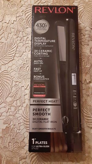 Revlon hair straightener for Sale in Colton, CA