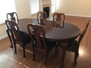 Thomasville Dining Room Suite with 2 leaves and a custom made table pad. Price $450.00 for Sale in Franklin, TN