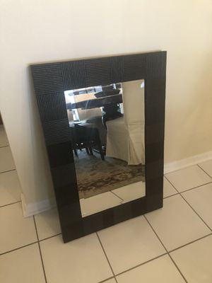 Beautiful Wall Mirror for Sale in Orlando, FL