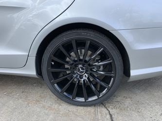"""Mercedes Cls S550 Sl5 E350 20"""" New Blk Amg Style Rims Tires Set for Sale in Hayward,  CA"""