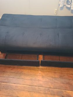 Futon Bed With Drawers for Sale in Los Angeles,  CA