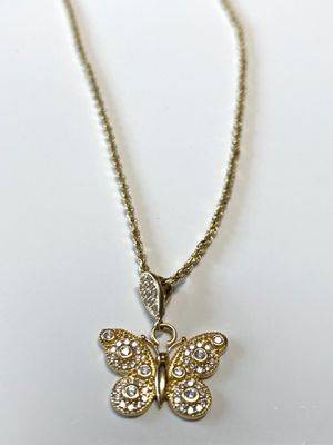 14k Solid Gold Nice butterflies/ chain for Sale in San Francisco, CA