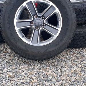 5 Jeep 255/70r18 Wheels And Tires. Goodyear Wrangler for Sale in New London, CT