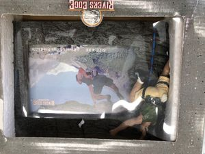 Rivers edge picture frame 4x6 rock climber for Sale in Corning, OH