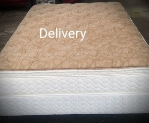 Like New Queen Pillowtop mattress And Box Spring With Frame And Headboard for Sale in Clackamas,  OR