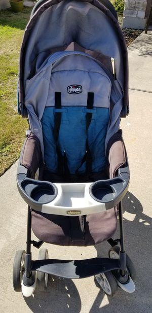 Chico umbrella stroller for Sale in Grand Ledge, MI