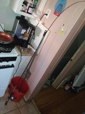 Used fishing rod and reel. Pickup only for Sale in Queens, NY