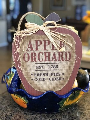 """Festive Fall wooden decoration, apple orchard. Sign is 11"""" tall x 10"""" wide. for Sale in Tolleson, AZ"""