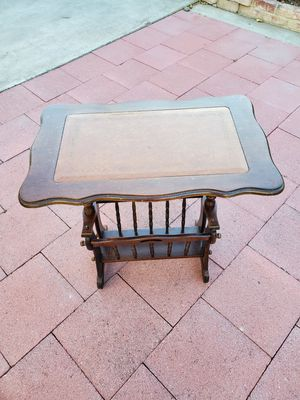 Magazine side table $15. for Sale in San Lorenzo, CA
